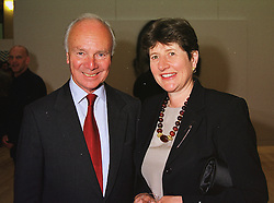 SIR DAVID & LADY ROWLAND chairman of NatWest at an exhibition in London on 15th June 1999.MTJ 75