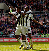 Photo: Jed Wee.<br />Sunderland v Newcastle United. The Barclays Premiership. 17/04/2006.<br /><br />Newcastle's Titus Bramble (L) celebrates with goalscorer Charles N'Zogbia.