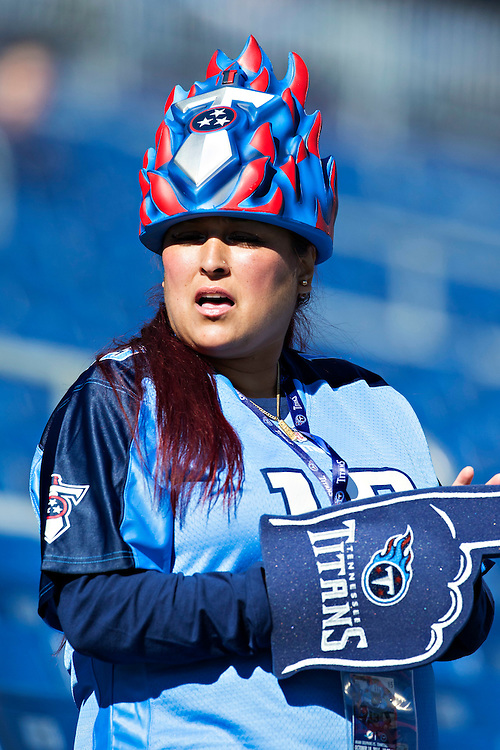 NASHVILLE, TN - OCTOBER 18:  Fan of the Tennessee Titans gets ready before a game against the Miami Dolphins at LP Field on October 18, 2015 in Nashville, Tennessee.  (Photo by Wesley Hitt/Getty Images) *** Local Caption ***