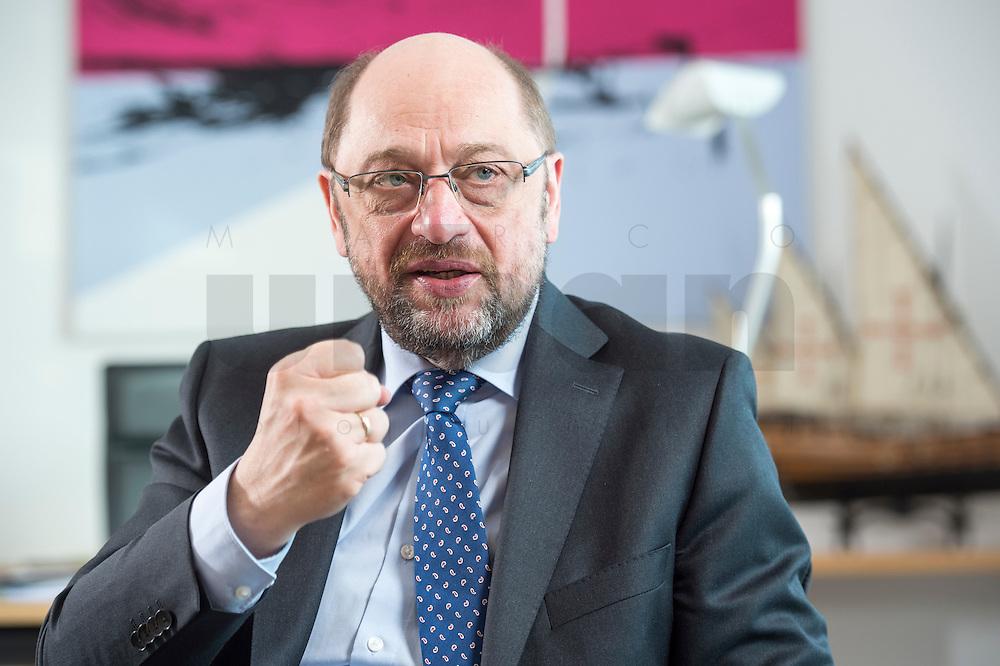 27 FEB 2017, BERLIN/GERMANY:<br /> Martin Schulz, SPD, desig. Parteivorsitzender und Kanzlerkandidat, waehrend einem Interview, in seinem Beuro, Willy-Brandt-Haus<br /> IMAGE: 20170227-01-036<br /> KEYWORDS: Faust