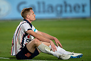 GOSFORD, AUSTRALIA - OCTOBER 02: Central Coast Mariners forward Matthew Simon (19) sits on the ground during the FFA Cup Semi-final football match between Central Coast Mariners and Adelaide United on October 02, 2019 at Central Coast Stadium in Gosford, Australia. (Photo by Speed Media/Icon Sportswire)
