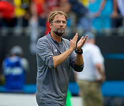 CHARLOTTE, USA - Sunday, July 22, 2018: Liverpool's manager Jürgen Klopp applauds the supporters after a preseason International Champions Cup match between Borussia Dortmund and Liverpool FC at the  Bank of America Stadium. Borussia Dortmund won 3-1. (Pic by David Rawcliffe/Propaganda)