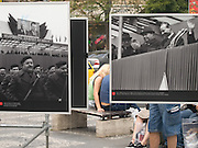 "Besucher am oberen Teil des Wenzelsplatzes in Prag betrachten die Ausstellung ""... und die Panzer kamen"" über die August-Invasion 1968 der Truppen des Warschauer Paktes.<br /> <br /> Visitors at the upper part of Wenceslas Square are viewing an open air exhibition about the soviet invasion 1968."