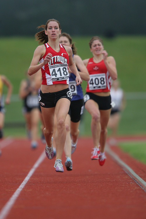 (Charlottetown, Prince Edward Island -- 20090718) Rachel Aubry of Ottawa Lions T.F.C. competes in the 800m semifinals at the 2009 Canadian Junior Track & Field Championships at UPEI Alumni Canada Games Place on the campus of the University of Prince Edward Island, July 17-19, 2009.  Geoff Robins / Mundo Sport Images ..Mundo Sport Images has been contracted by Athletics Canada to provide images to the media.