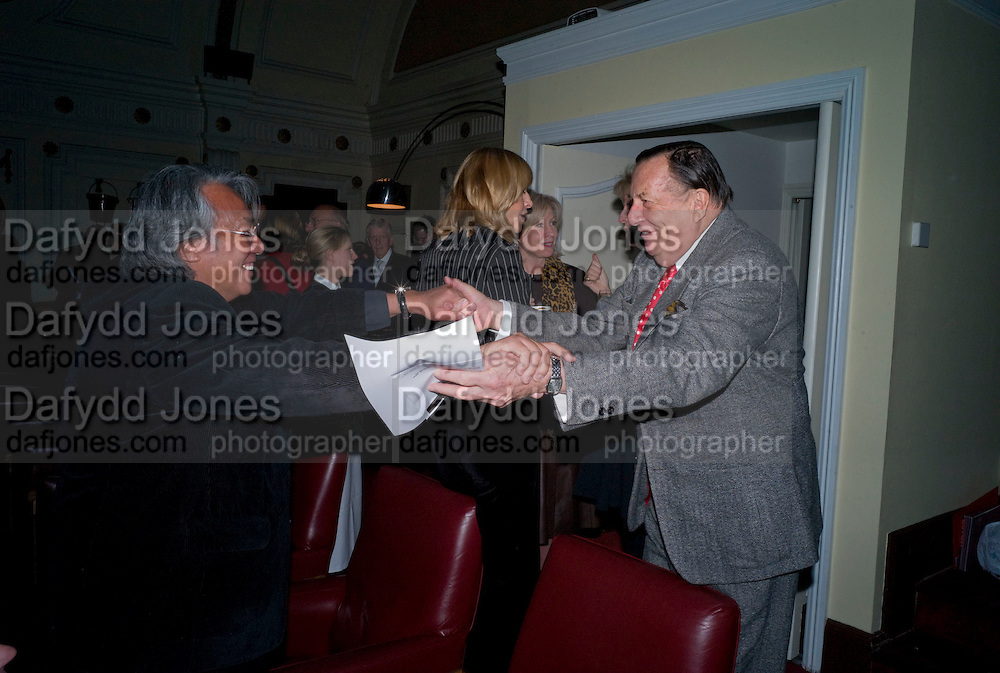 DAVID TANG; BARRY HUMPHRIES, David Tang and Nick Broomfield host  a reception and screening of Ghosts. On the Fifth anniversary of the Morecambe Bay Tragedy to  benefit the Morecambe Bay Children's Fund. The Electric Cinema. Portobello Rd. London W11. 5 February 2009 *** Local Caption *** -DO NOT ARCHIVE -Copyright Photograph by Dafydd Jones. 248 Clapham Rd. London SW9 0PZ. Tel 0207 820 0771. www.dafjones.com<br /> DAVID TANG; BARRY HUMPHRIES, David Tang and Nick Broomfield host  a reception and screening of Ghosts. On the Fifth anniversary of the Morecambe Bay Tragedy to  benefit the Morecambe Bay Children's Fund. The Electric Cinema. Portobello Rd. London W11. 5 February 2009