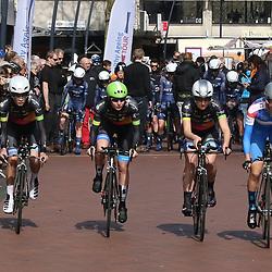 06-04-2018: Wielrennen: Healthy Aeging Tour: Stadskanaal<br />NWVG