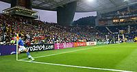 Fotball<br /> Euro 2004<br /> 18.06.2004<br /> Sverige v Italia 1-1<br /> Foto: Omega/SBI/Digitalsport<br /> NORWAY ONLY<br /> <br /> ALESSANDRO DEL PIERO BATTE UN CALCIO D'ANGOLO