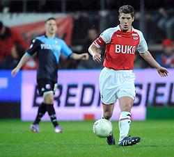 03-04-2010 VOETBAL: AZ - FC UTRECHT: ALKMAAR<br /> FC Utrecht verliest met 2-0 van AZ / Stijn Schaars<br /> ©2010-WWW.FOTOHOOGENDOORN.NL