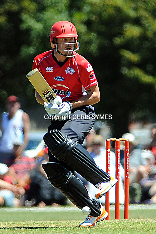 Canterbury player Rob Nicol during the HRV Cup Twenty20 match. Canterbury Wizards v Wellington Firebirds, Hagley Park Oval, Christchurch. Sunday 15 January 2012. Credit Chris Symes/www.photosport.co.nz