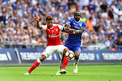 Alex Oxlade-Chamberlain of Arsenal jostles for the ball with Victor Moses of Chelsea - Mandatory by-line: Dougie Allward/JMP - 27/05/2017 - FOOTBALL - Wembley Stadium - London, England - Arsenal v Chelsea - Emirates FA Cup Final