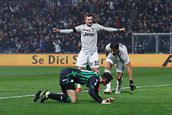 "Foto Filippo Rubin<br /> 10/02/2019 Reggio Emilia (Italia)<br /> Sport Calcio<br /> Sassuolo - Juventus - Campionato di calcio Serie A 2018/2019 - Stadio ""Mapei Stadium""<br /> Nella foto: esultanza goal SAMI KHEDIRA (JUVENTUS)<br /> <br /> Photo Filippo Rubin<br /> February 10, 2019 Reggio Emilia (Italy)<br /> Sport Soccer<br /> Sassuolo vs Juventus - Italian Football Championship League A 2018/2019 - ""Mapei Stadium"" Stadium <br /> In the pic: GOAL CELEBRATION SAMI KHEDIRA (JUVENTUS)"