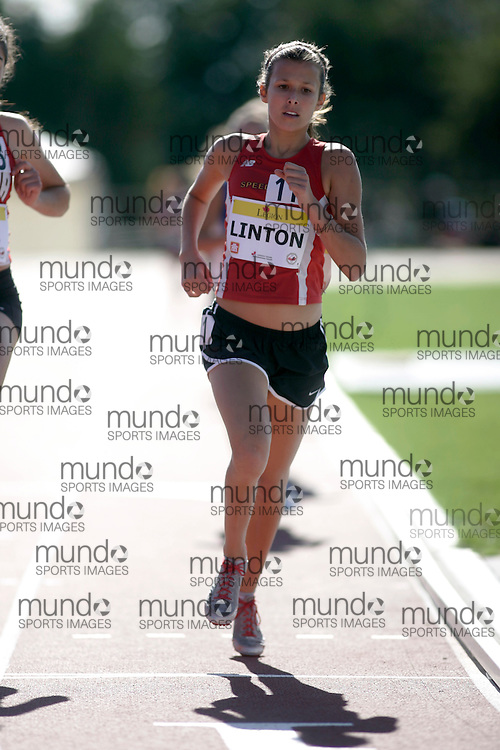 Ottawa, Ontario ---10-08-06--- Linton competes in the 1500 metres at the 2010 Royal Canadian Legion Youth Track and Field Championships in Ottawa, Ontario August 6, 2010..GEOFF ROBINS/Mundo Sport Images.