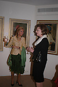 'The Road to Abtsraction' an exhibition of paintings by Rosita Marlborough. the Fleming Collection. 13 Berkeley St. London W1. 31 March 2005. ONE TIME USE ONLY - DO NOT ARCHIVE  © Copyright Photograph by Dafydd Jones 66 Stockwell Park Rd. London SW9 0DA Tel 020 7733 0108 www.dafjones.com