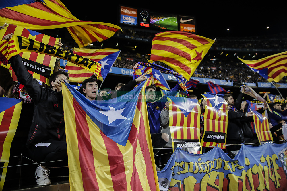 February 6, 2019 - Barcelona, Spain - FC Barcelona fans claiming for the Catalan Independence with Catalonia flags and proclams during the semi-final first leg of Spanish King Cup / Copa del Rey football match between FC Barcelona and Real Madrid on 04 of February of 2019 at Camp Nou stadium in Barcelona, Spain  (Credit Image: © Xavier Bonilla/NurPhoto via ZUMA Press)