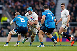 England Flanker James Haskell is tackled by Italy Number 8 Sergio Parisse - Photo mandatory by-line: Rogan Thomson/JMP - 07966 386802 - 14/02/2015 - SPORT - RUGBY UNION - London, England - Twickenham Stadium - England v Italy - 2015 RBS Six Nations Championship.