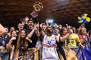 DESCRIZIONE : Final Six Coppa Italia A2 IG Cup RNB Rimini 2015 Finale FMC Ferentino - Tezenis Scaligera Verona<br /> GIOCATORE : Darryl Monroe<br /> CATEGORIA : Ultras Tifosi Spettatori Pubblico Ritratto Esultanza<br /> SQUADRA : Tezenis Scaligera Verona <br /> EVENTO : Final Six Coppa Italia A2 IG Cup RNB Rimini 2015<br /> GARA : FMC Ferentino - Tezenis Scaligera Verona<br /> DATA : 08/03/2015<br /> SPORT : Pallacanestro <br /> AUTORE : Agenzia Ciamillo-Castoria/L.Canu