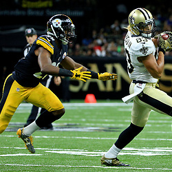 Aug 26, 2016; New Orleans, LA, USA;  New Orleans Saints wide receiver Willie Snead (83) catches a pass ahead of Pittsburgh Steelers defensive back Cortez Allen (28) during the first half of a preseason game at Mercedes-Benz Superdome. Mandatory Credit: Derick E. Hingle-USA TODAY Sports