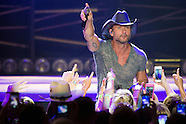 2015 06-15 Tim McGraw, Chase Bryant and Billy Currington