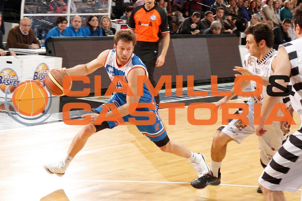 DESCRIZIONE : Caserta Lega A 2012-13 Juve Caserta Enel Brindisi<br /> GIOCATORE : Robert Fultz<br /> CATEGORIA : palleggio<br /> SQUADRA : Enel Brindisi<br /> EVENTO : Campionato Lega A 2012-2013 <br /> GARA : Juve Caserta Enel Brindisi<br /> DATA : 07/04/2013<br /> SPORT : Pallacanestro <br /> AUTORE : Agenzia Ciamillo-Castoria/A. De Lise<br /> Galleria : Lega Basket A 2012-2013  <br /> Fotonotizia : Caserta Lega A 2012-13 Juve Caserta Enel Brindisi