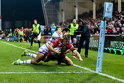 Ollie Thorley of Gloucester Rugby is tackled just short of the try line - Mandatory by-line: Robbie Stephenson/JMP - 16/11/2018 - RUGBY - Kingsholm - Gloucester, England - Gloucester Rugby v Leicester Tigers - Gallagher Premiership Rugby
