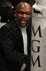 Jan 19,2019. Las Vegas NV. Floyd Mayweather Jr. watch the fight and heard Manny Pacquioa that he would fight him next?  Manny Pacquiao goes 12 rounds with Adrien Broner at the MGM grand Hotel Saturday. Manny Pacquiao  took the win by unanimous decision for the World Welterweight Championship..Photo by Gene Blevins/ZumaPress. (Credit Image: © Gene Blevins/ZUMA Wire)
