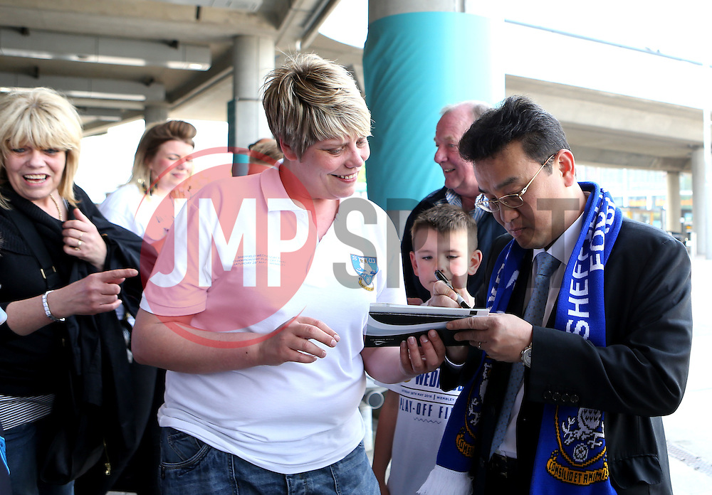 Sheffield Wednesday owner Dejphon Chansiri signs autographs for fans - Mandatory by-line: Robbie Stephenson/JMP - 28/05/2016 - FOOTBALL - Wembley Stadium - London, England - Hull City v Sheffield Wednesday - Sky Bet Championship Play-off Final