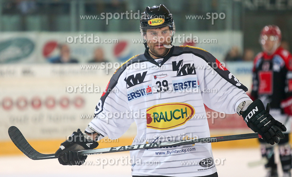27.09.2015, Tiroler Wasserkraft Arena, Innsbruck, AUT, EBEL, HC TWK Innsbruck Die Haie vs Dornbirner Eishockey Club, 6. Runde, im Bild Matt Siddall (Dornbirner Eishockey Club) // during the Erste Bank Icehockey League 6th round match between HC TWK Innsbruck Die Haie and Dornbirner Eishockey Club at the Tiroler Wasserkraft Arena in Innsbruck, Austria on 2015/09/27. EXPA Pictures © 2015, PhotoCredit: EXPA/ Jakob Gruber