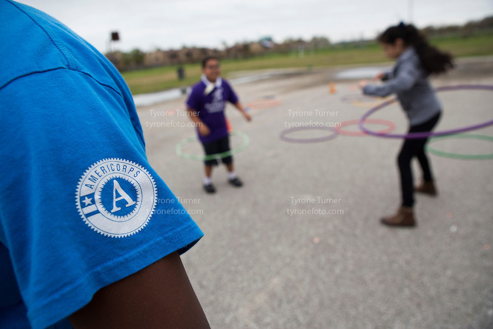 Playworks<br /> <br /> <br /> Chambers Elementary School<br /> 10700 Carvel Ln., <br /> Houston, TX 77072<br /> <br /> 3rd grade recess<br /> <br /> Earlier note says that pic of kids with RWJF release- 4112,4109,4082