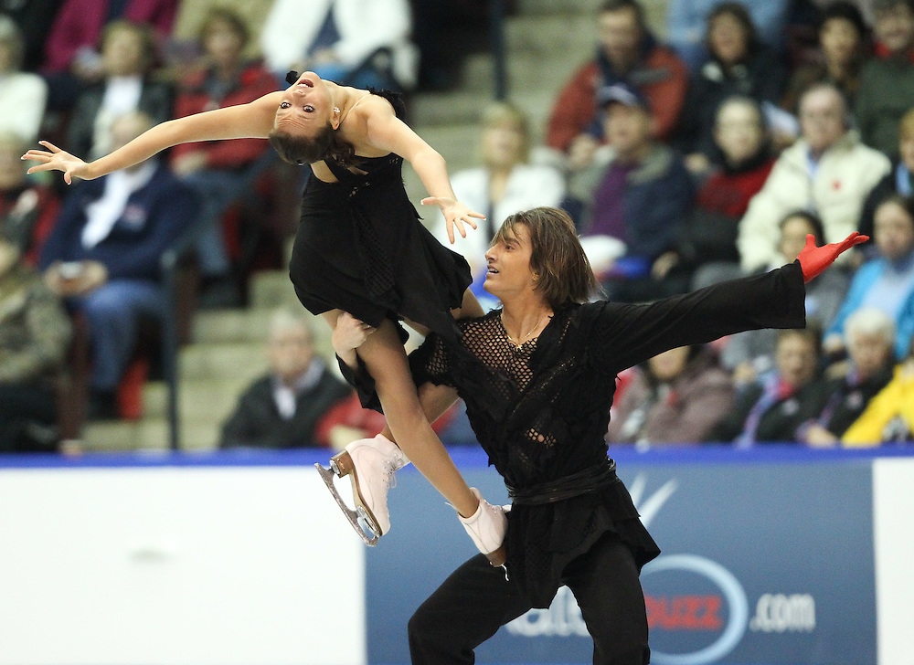 GJR444 -20111029- Mississauga, Ontario,Canada-  Ekaterina Pushkash  and  Jonathan Guerreiro of Russia perform their free skate at Skate Canada International, in Mississauga, Ontario, October 29, 2011.<br /> AFP PHOTO/Geoff Robins