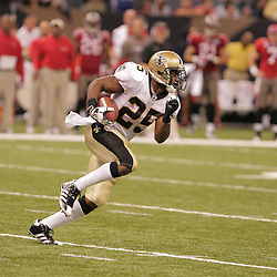2008 September 7: Reggie Bush (25) of the New Orleans Saints in action against the Tampa Bay Buccaneers at the Louisiana Superdome in New Orleans, LA.  The New Orleans Saints (1-0) defeated the Tampa Bay Buccaneers (0-1) 24-20.