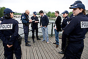 Paris, France. 8 Mai 2009..Brigade Fluviale de Paris...Paris, France. May 8th 2009..Paris fluvial squad...