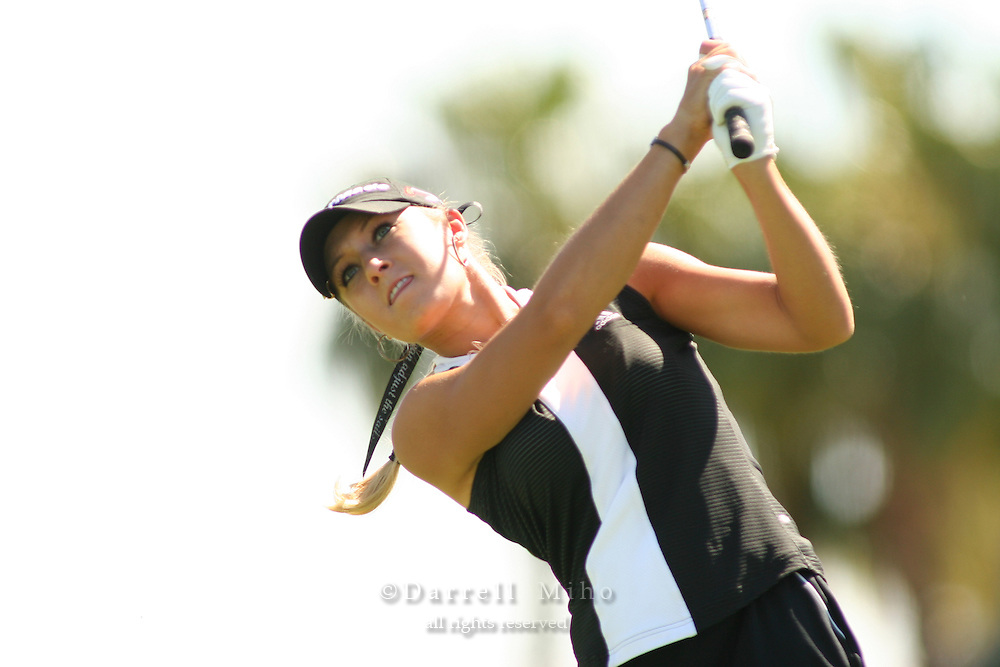 Apr. 2, 2006; Rancho Mirage, CA, USA; Natalie Gulbis tees off during the final round of the Kraft Nabisco Championship at Mission Hills Country Club. ..Mandatory Photo Credit: Darrell Miho.Copyright © 2006 Darrell Miho .