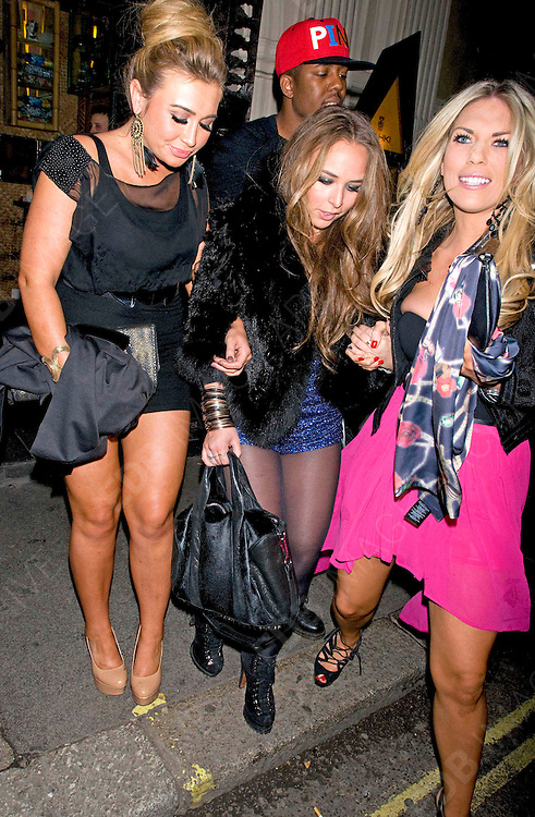 19.OCTOBER.2011. LONDON<br /> <br /> MAHIKI CLUB CELEBS, LONDON<br /> <br /> BYLINE: EDBIMAGEARCHIVE.COM<br /> <br /> *THIS IMAGE IS STRICTLY FOR UK NEWSPAPERS AND MAGAZINES ONLY*<br /> *FOR WORLD WIDE SALES AND WEB USE PLEASE CONTACT EDBIMAGEARCHIVE - 0208 954 5968*