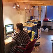 Nederland, Utrecht, 18-08-2011  Voormalig gebouw van lerarenopleiding is omgebouwd tot tijdelijk studentencomplex 'Archimedeslaan 16' van de Stichting Tijdelijk Wonen (STW). FOTO: Gerard Til / Hollandse Hoogte