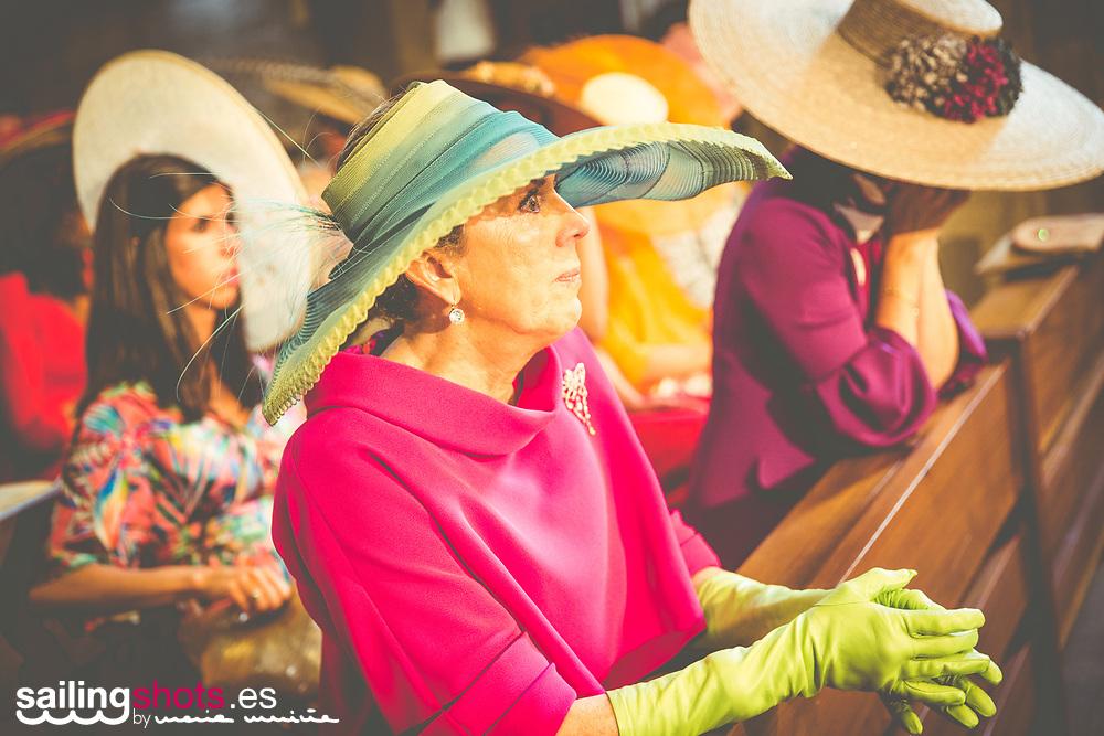 """Almudena y Kiko se dicen el """"si quiero"""" en la Iglesia de Santa María de Baiona el 25 de mayo de 2017 y celebran la boda en el Pazo de Cea de Nigran."""