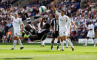 Photo: Paul Thomas. <br /> Bolton Wanderers v Newcastle United. Barclays Premiership. 11/08/2007. <br /> <br /> Obafemi Martins (C) scores for Newcastle.