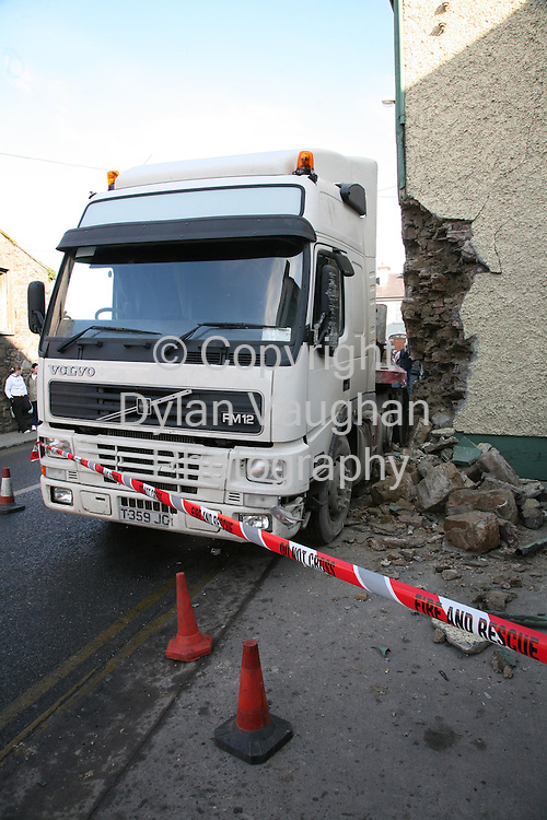 4/2/2007.The scene where truck hit a house in Thomastown County KIlkenny yesterday..Picture Dylan Vaughan.