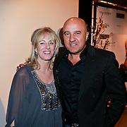 NLD/Den Bosch/20110221 - Premiere Simple the Best tour van Ruth Jacott, John van den Heuvel en partner Mariette van Schie