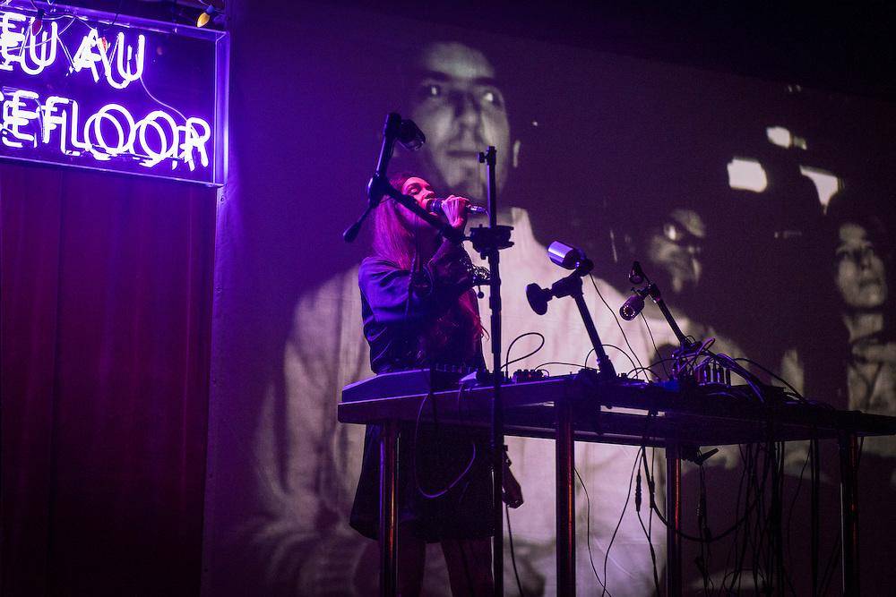 MARIE DAVIDSON &amp; JOHN LONDONO<br /> BULLSHIT THRESHOLD. La Sala Rossa. Vendredi 21 octobre 2016, 21h00.