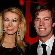 NLD/Amsterdam/20091121 - JFK Great men of the Year Gala 2009, Susan Smit en partner Peter Veldhoven