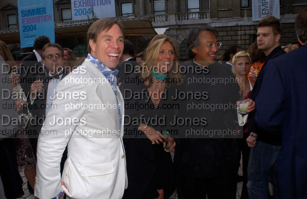 Tommy Hilfiger and co Chairs: Sara Carello and David Tang, Around the World in One night, gala to raise money for the Royal Academy,   Royal Academy. 21 June 2004. ONE TIME USE ONLY - DO NOT ARCHIVE  © Copyright Photograph by Dafydd Jones 66 Stockwell Park Rd. London SW9 0DA Tel 020 7733 0108 www.dafjones.com