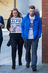 "DATE CORRECTION IMAGES SHOT TODAY © Licensed to London News Pictures. 07/02/2018. Liverpool, UK. Tom Evans, father of Alfie Evans arrives with supporters at Liverpool Civil & Family Court this morning. Tom Evans and Kate James from Liverpool are in dispute with medics looking after their son 19-month-old son Alfie Evans, at Alder Hey Children's Hospital in Liverpool. Alfie is in a ""semi-vegetative state"" and had a degenerative neurological condition doctors have not definitively diagnosed. Specialists at Alder Hey say continuing life-support treatment is not in Alfie's best interests but the boy's parents want permission to fly their son to a hospital in Rome for possible diagnosis and treatment. Photo credit: Andrew McCaren/LNP"