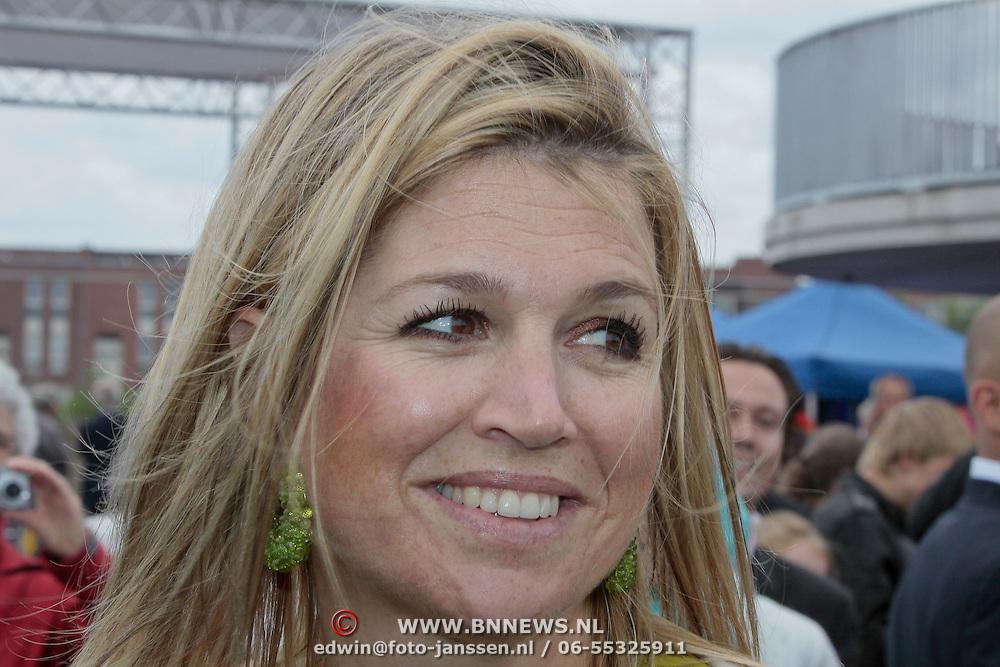 NLD/Almere/20110608 - Prinses Maxima opent het KlokHUIS te Almere,