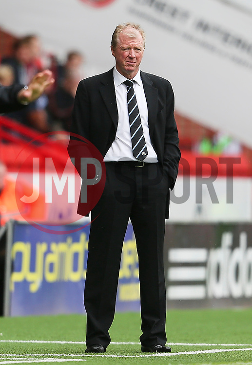 Newcastle United Manager, Steve McClaren - Mandatory by-line: Matt McNulty/JMP - 26/07/2015 - SPORT - FOOTBALL - Sheffield,England - Bramall Lane - Sheffield United v Newcastle United - Pre-Season Friendly