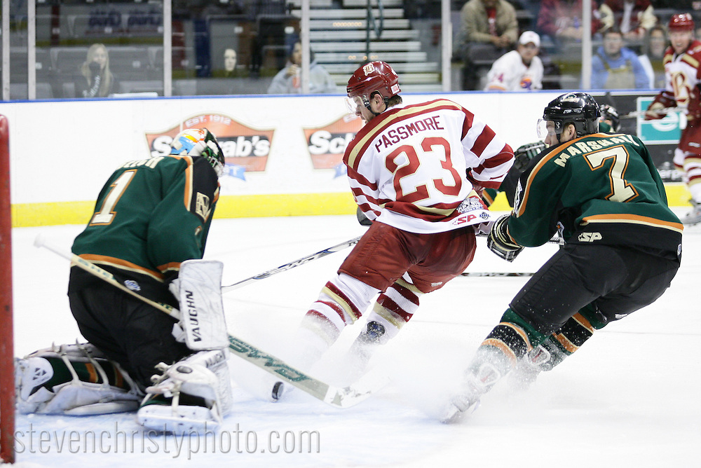 April 6, 2009: The Mississippi Riverkings of the CHL play against the Oklahoma City (OKC) Blazers at the Ford Center in Oklahoma City, OK in game 6 of the first round of the 2009 playoffs.  The Riverkings lead the series 3 games to 2.