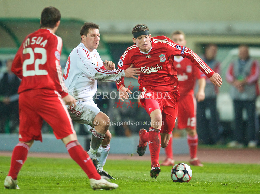 BUDAPEST, HUNGARY - Tuesday, November 24, 2009: Liverpool's Daniel Agger in action against Debreceni during the UEFA Champions League Group E match at the Ferenc Puskas Stadium. (Pic by David Rawcliffe/Propaganda)