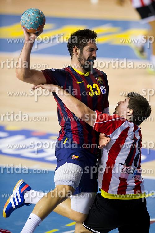 09.11.2013, Palau Blaugrana, Barcelona, ESP, Liga ASOBAL, FC Barcelona vs Frigorificos Morrazo, 9. Runde, im Bild FC Barcelona's Nikola Karabatic (left) and Frigorificos del Morrazo's Eloy Krook // FC Barcelona's Nikola Karabatic (left) and Frigorificos del Morrazo's Eloy Krook during the spanish Handball league ASOBAL 9th round match between FC Barcelona and Frigor&iacute;ficos at the Palau Blaugrana in Barcelona, Spain on 2013/11/10. EXPA Pictures &copy; 2013, PhotoCredit: EXPA/ Alterphotos/ Alex Caparros<br /> <br /> *****ATTENTION - OUT of ESP, SUI*****