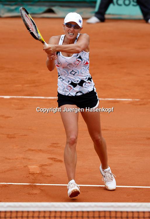 French Open 2010, Roland Garros, Paris, Frankreich,Sport, Tennis, ITF Grand Slam Tournament, ..Anastasia Rodionova (AUS) ..Foto: Juergen Hasenkopf..