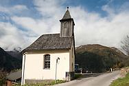 Church in the village of Mitten above the Möll Valley, on the Alpe Adria Trail near Heiligenblut, Carinthia, Austria (October 2015) © Rudolf Abraham
