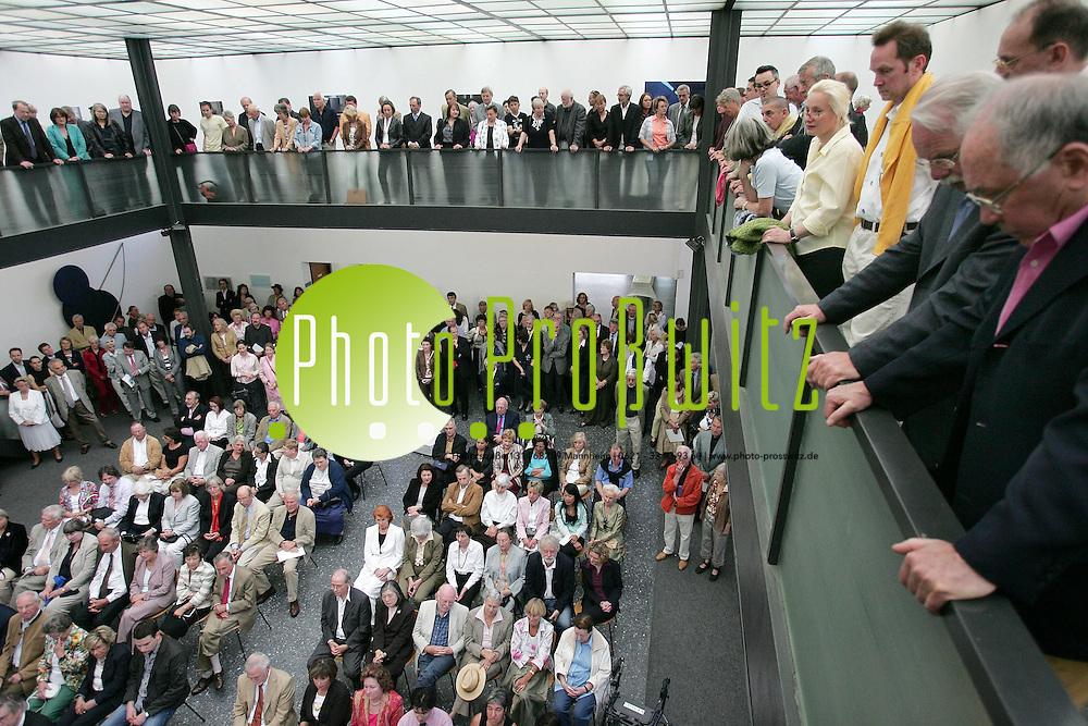 Mannheim. Kunstverein. Vernissage: &quot;Lions Art&quot;. Der Lions Club veranstaltet Ausstellung.<br /> <br /> Bild: Markus Pro&szlig;witz<br /> ++++ Archivbilder und weitere Motive finden Sie auch in unserem OnlineArchiv. www.masterpress.org ++++
